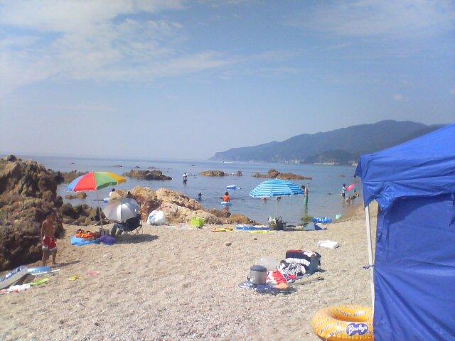 海水浴中「長須浜海水浴場」